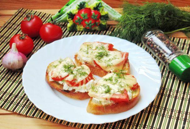 Горячие бутерброды с куриной грудкой