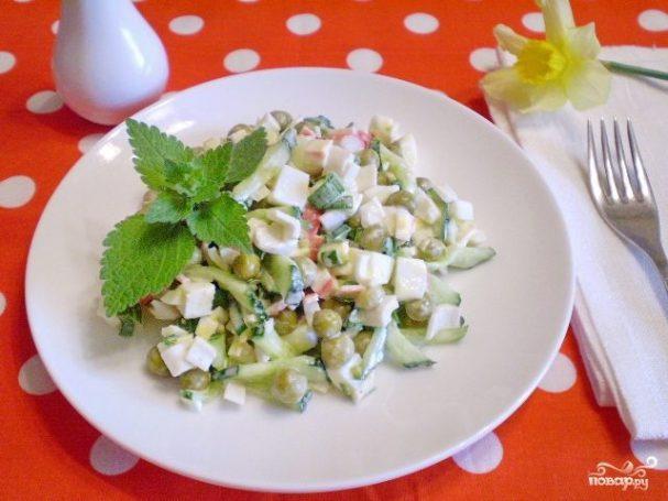 Салат крабовый с огурцом