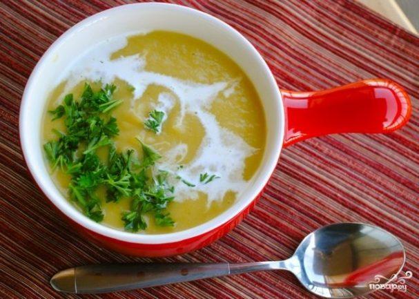 Суп из тыквы с картофелем и луком-пореем