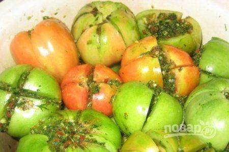 Зеленые фаршированные помидоры