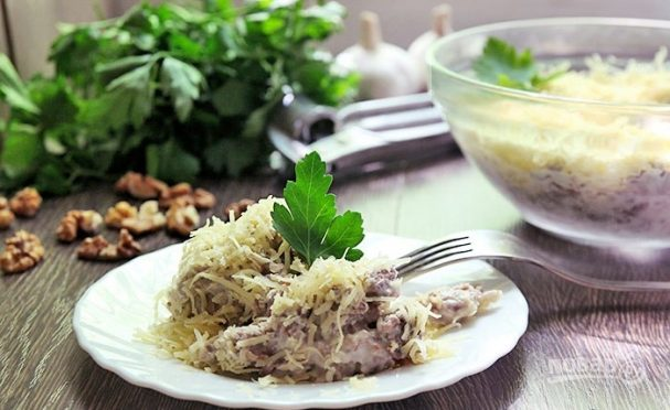 Салат из вареной говядины
