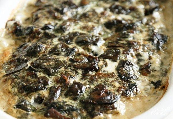 Судак в сливках с лесными грибами
