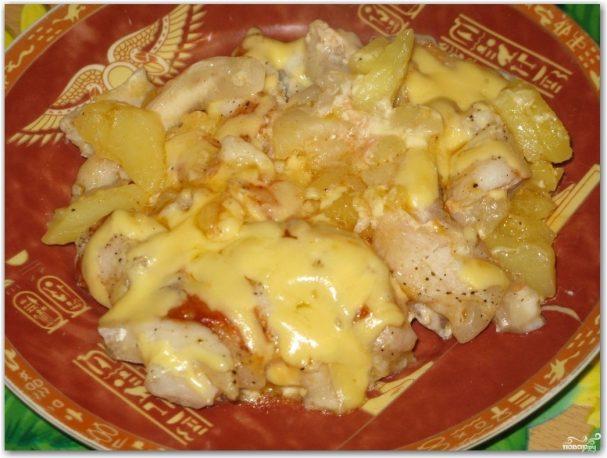 Пангасиус с картошкой в духовке