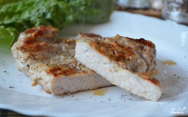 Эскалопы из свинины на сковороде
