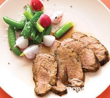Свиная вырезка с соевым соусом, имбирем и лаймом