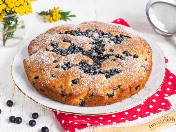 Черничный пирог в духовке