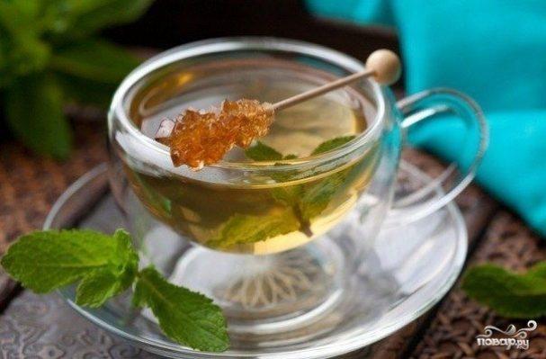 Зеленый чай с корицей и мятой
