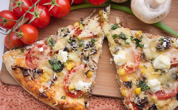 Пицца с маслинами