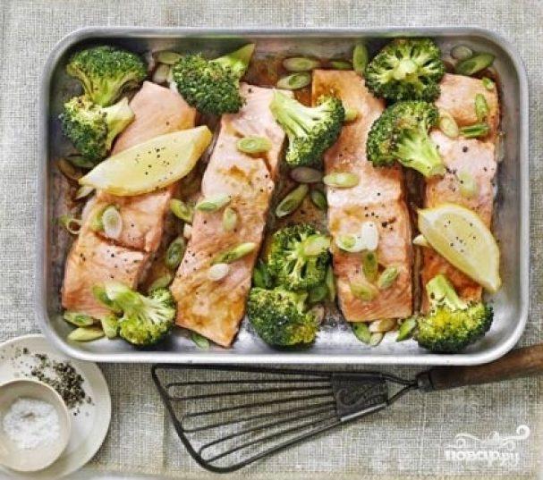 рыба с брокколи в духовке