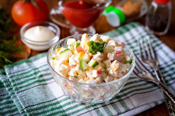 Крабовый салат без майонеза