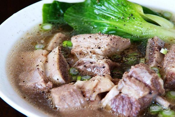 Суп на говяжьих ребрышках
