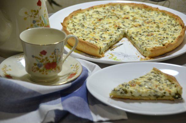 Пирог с зеленым луком и творогом