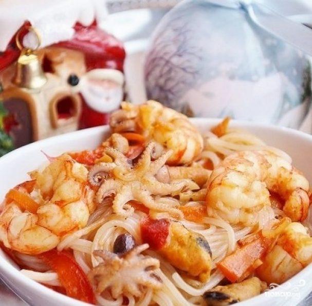 Лапша с морепродуктами по-китайски