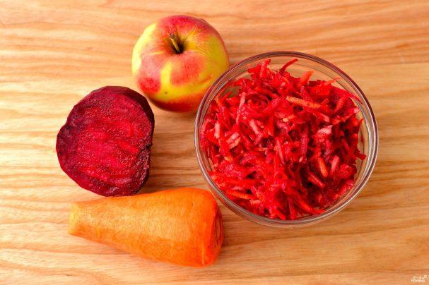 Свекольный салат с яблоком