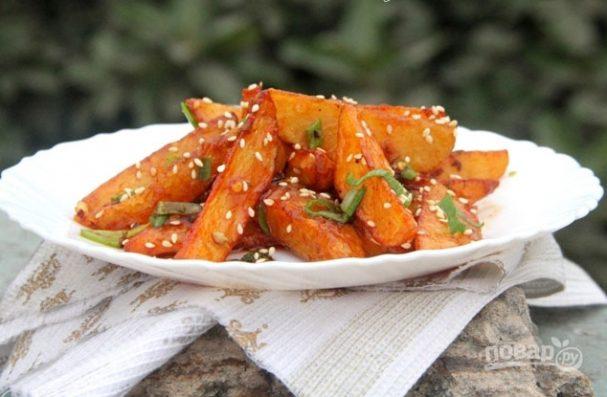 Хрустящая жареная картошка с медом и специями