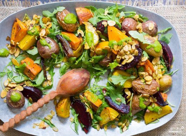 Новогодний овощной салат