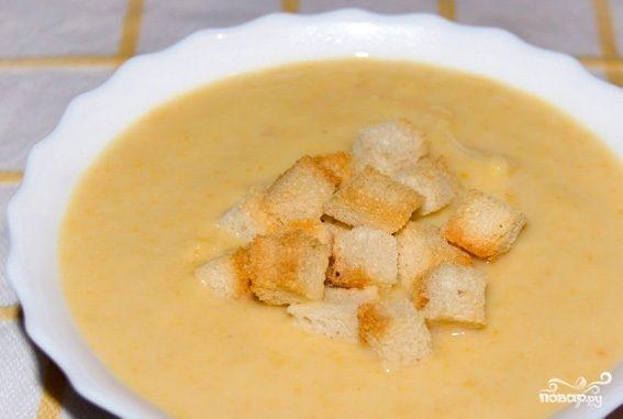 Картофельный суп-пюре с гренками