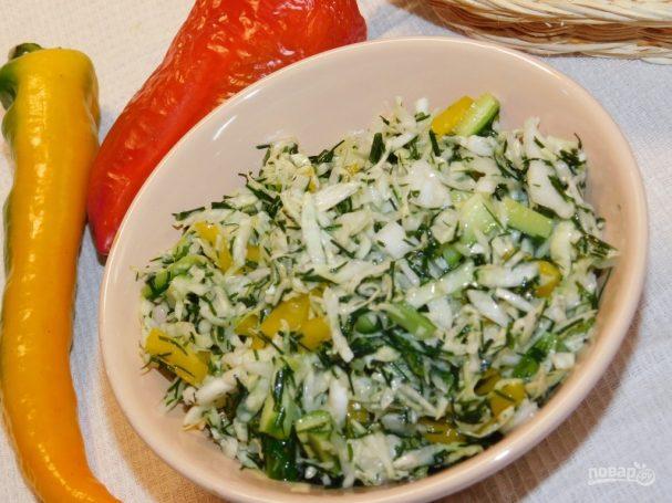 Хрустящий салат с капустой
