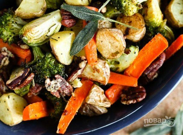 Запеченные овощи с орехами