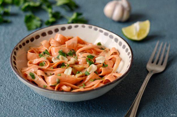 Спагетти из моркови