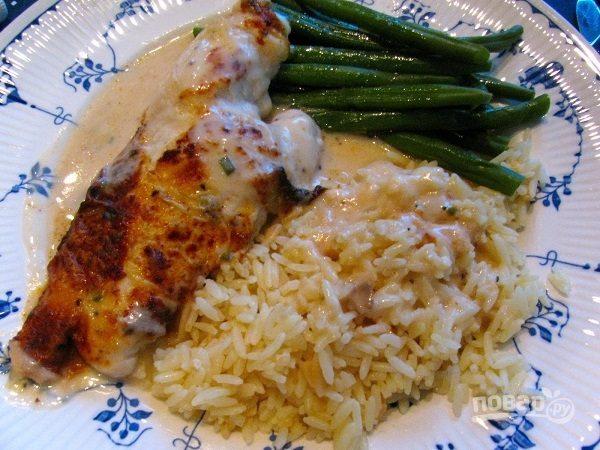 Курица со сметаной и рисом