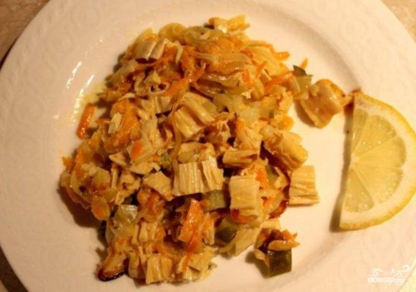 Салат из спаржи с морковью