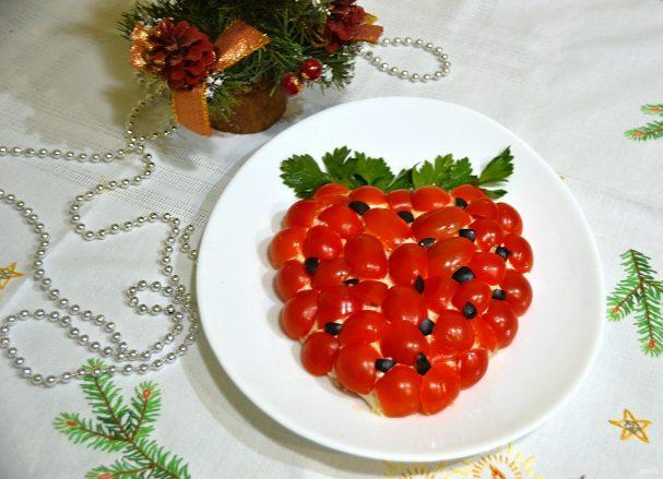 """Салат """"Зимняя ягода"""""""