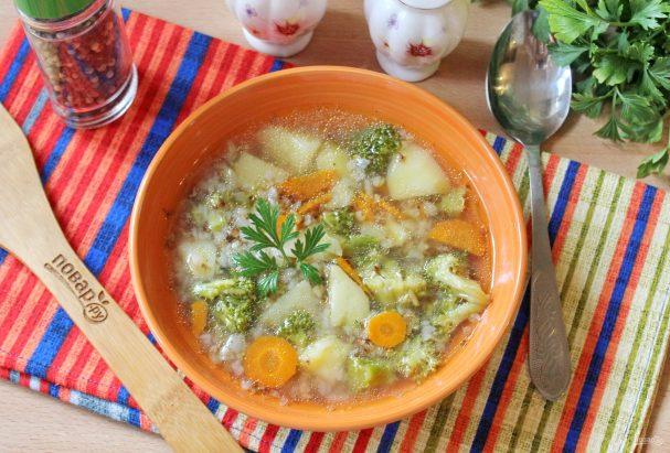 Гречневый суп с брокколи