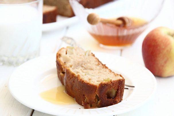 Кекс творожный с яблоками