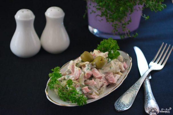 Салат обалденный с курицей