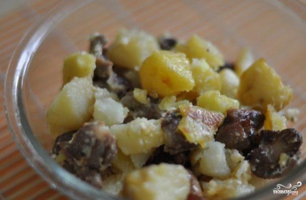 Куриные желудки с картошкой
