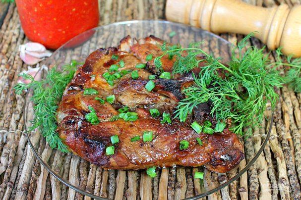 Свинина в медово-горчичном соусе в духовке