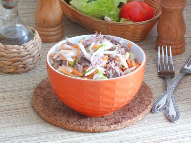 Мясной салат с дайконом