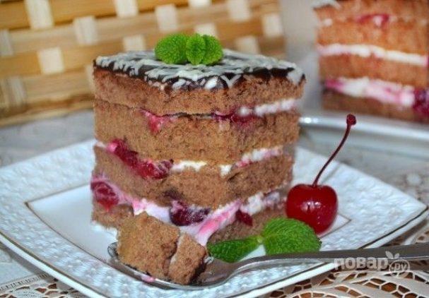 Сметанный торт с вишней