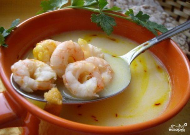 Суп из креветок с грибами