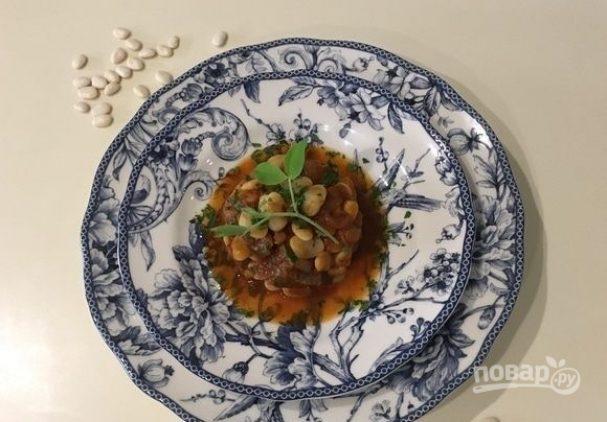 Рагу из белой фасоли с говядиной и травами