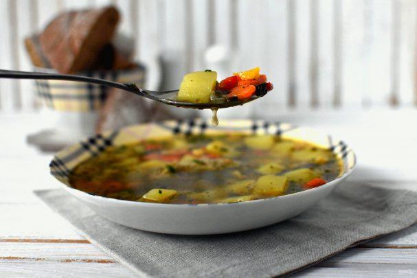 Суп с летними овощами