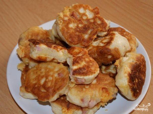 Оладьи с ветчиной и сыром
