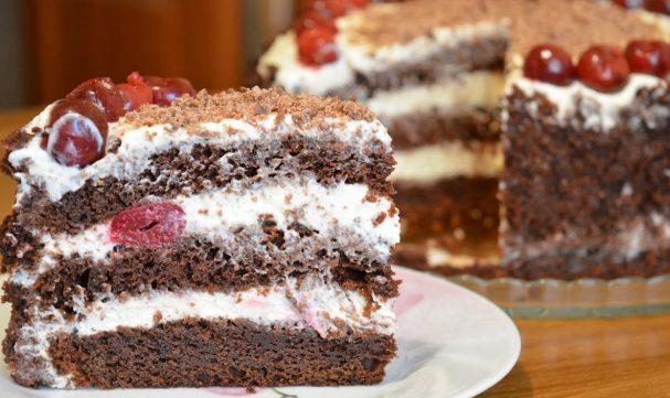 Простенький торт с вишней