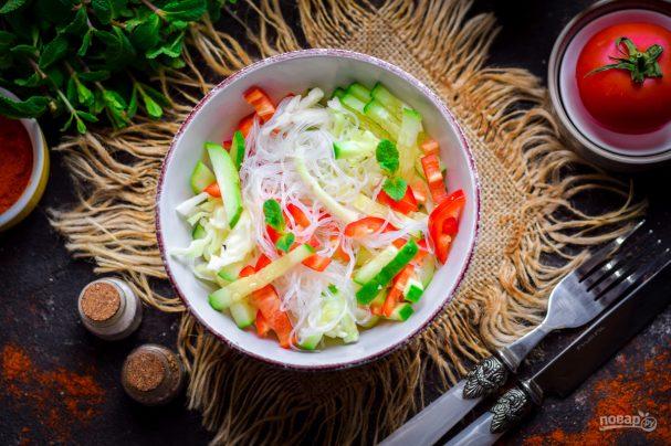 Салат из фунчозы и капусты