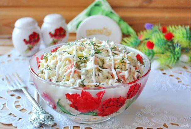 """Салат """"Столичный"""" с колбасой"""