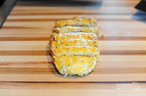 Чесночные гренки с сыром