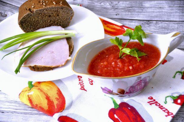 Горлодёр из помидоров с чесноком