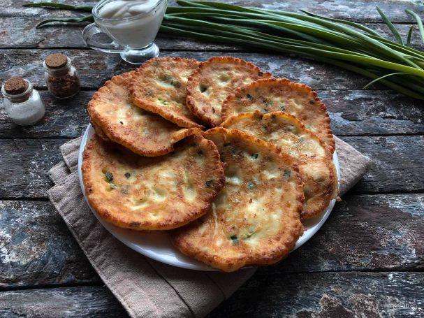 Лепешки с сыром на сметане