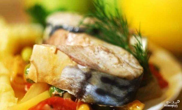 Рыба, тушенная с овощами в мультиварке