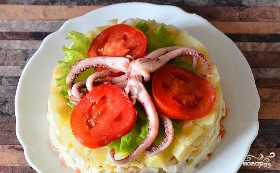 Салат из осьминогов и кальмаров