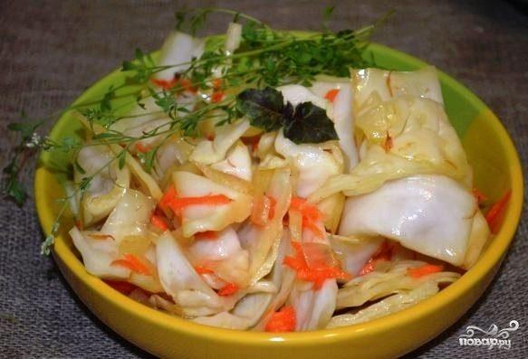 Маринованная капуста с морковью по-корейски