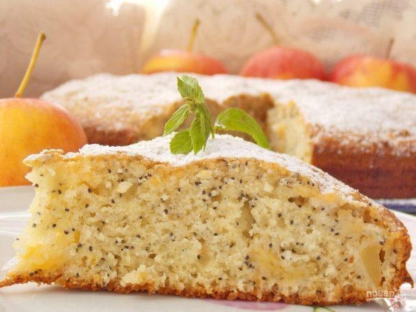 Яблочный маковый пирог