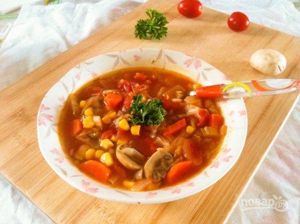 Суп из овощей и грибов