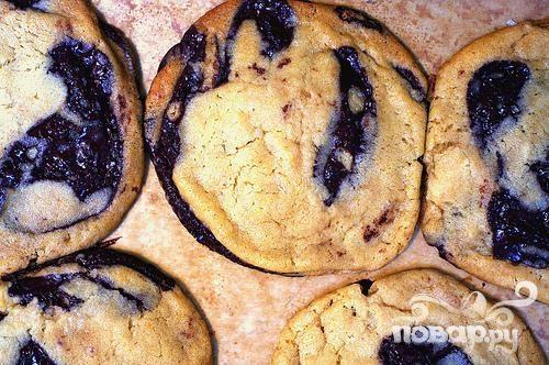 Печенье с шоколадными чипсами и ванилью